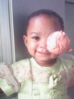 Josephine, une petite fille malgache atteinte d'un cancer