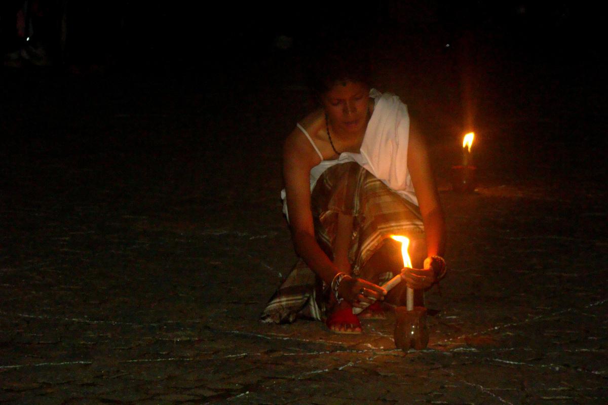 Le partage du feu éternel - (c) Ariniaina 2010