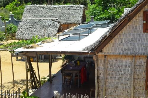 Panneaux solaires utilisés par l'hotel Happy - Foulpointe Madagascar